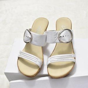 0936e66c675 Onex Shoes - Women s Onex Cynthia Wedge Sandal 8 White   Silver